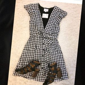 Lost + wander day trip gingham mini dress bow xs